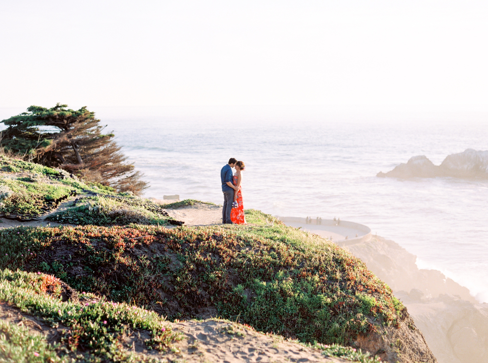 Sutro-Baths-San-Francisco_Engagement-Photography-18.jpg