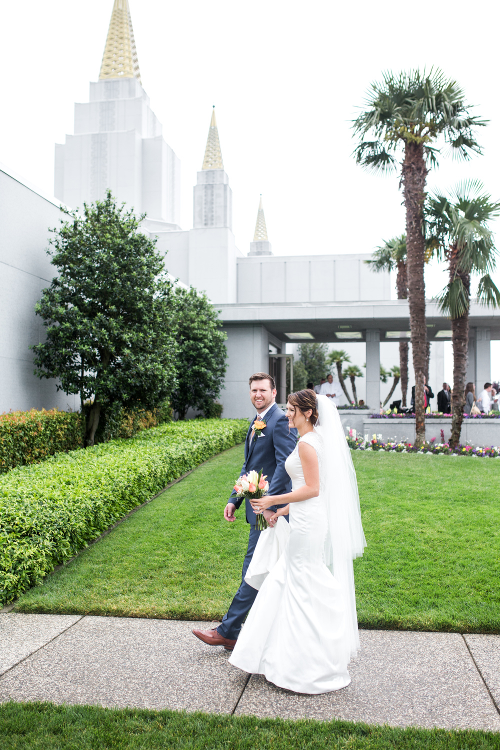 oakland-temple-california-wedding-photographer-8.jpg