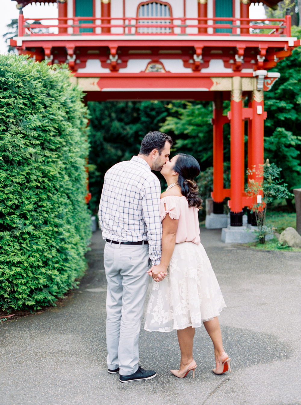 japanese-tea-garden-san-francisco-engagement-photography-1-7.jpg