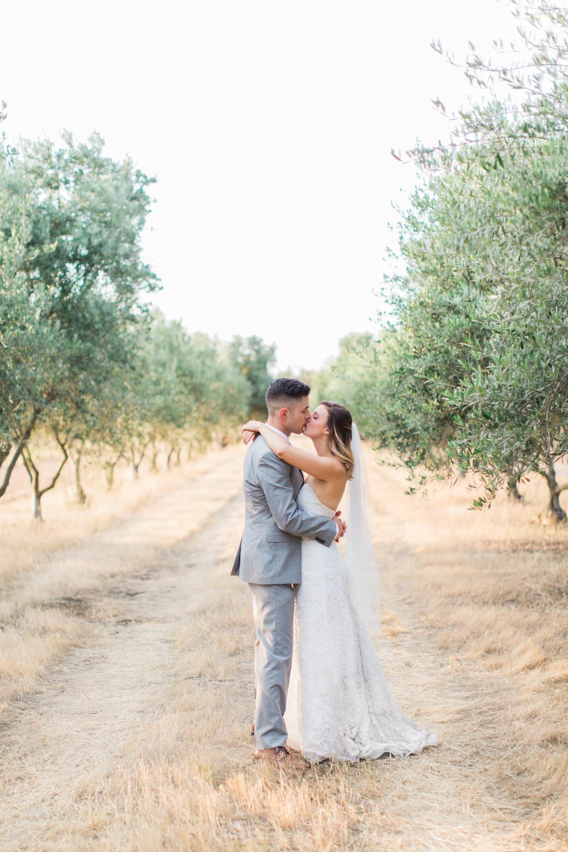 olive-grove-sacramento-wedding-photography