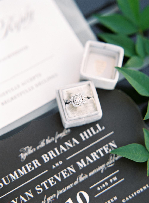 crooked-vine-winery-wedding.jpg