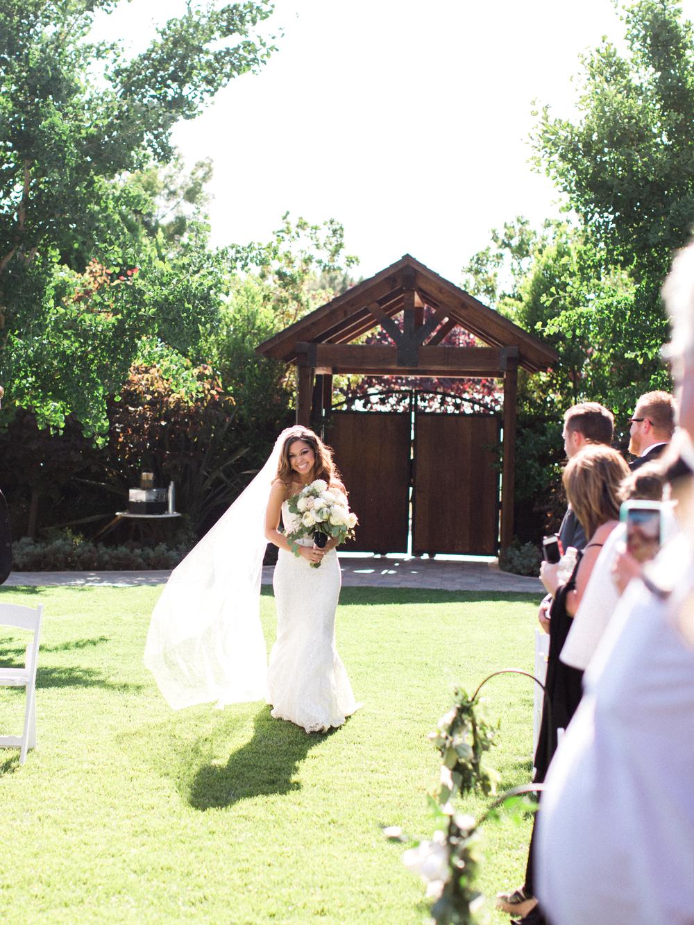 crooked-vine-winery-wedding-1-36.jpg