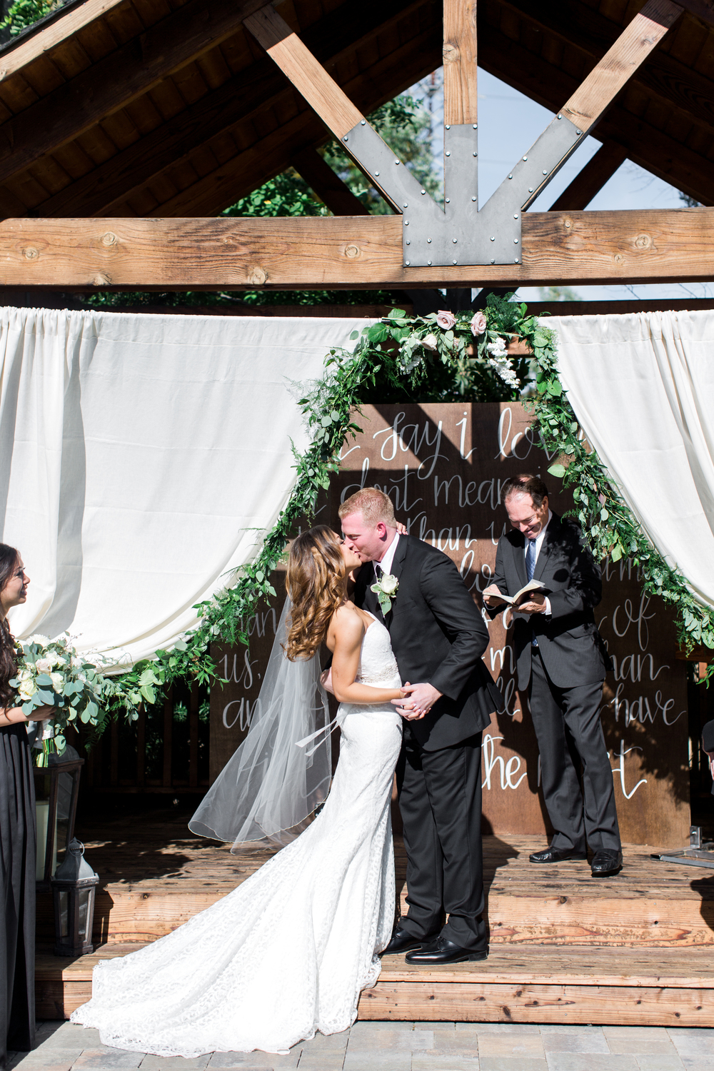crooked-vine-winery-wedding-photography.jpg