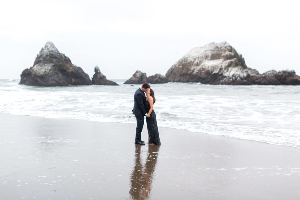 sutro-baths-engagement-photos-106.jpg