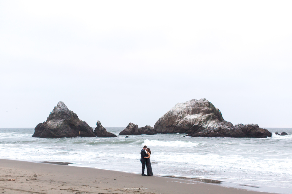 sutro-baths-engagement-photos-109.jpg