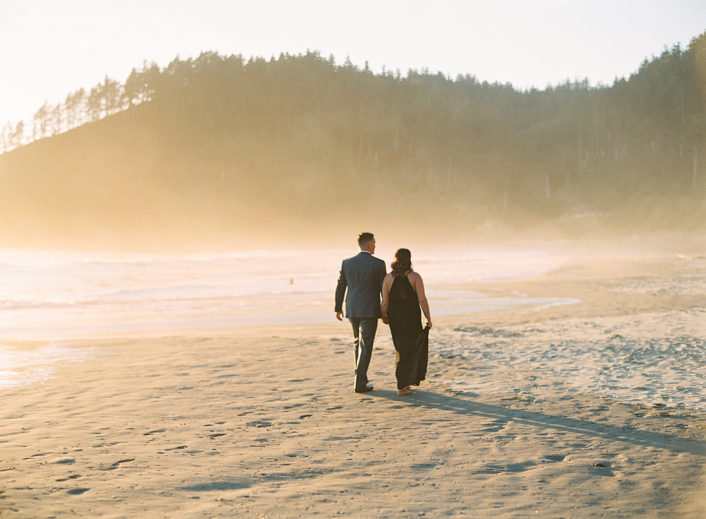 indian-beach-oregon-engagement-24.jpg