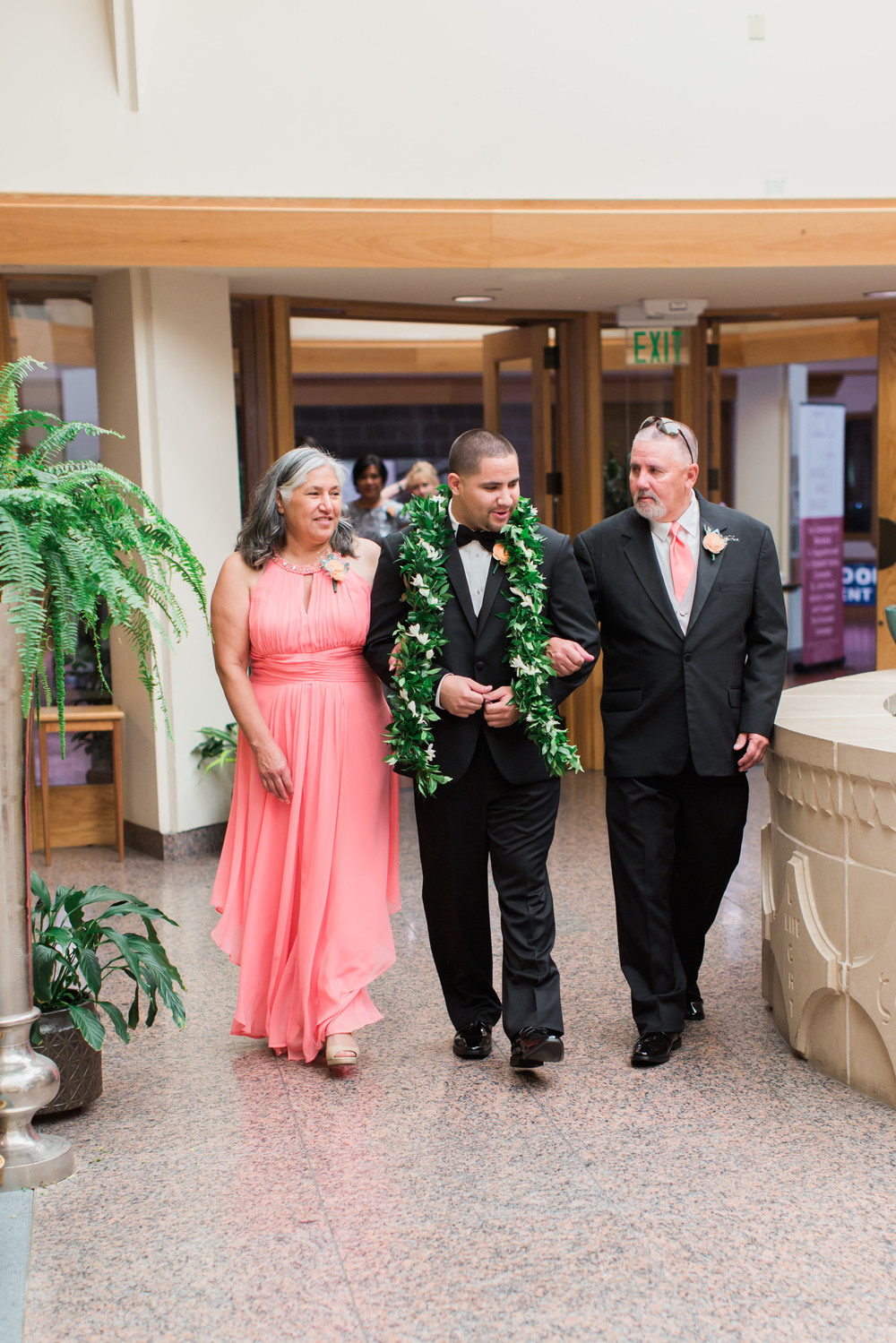 hawaiian-inspired-wedding-at-blackhawk-country-club-1763.jpg