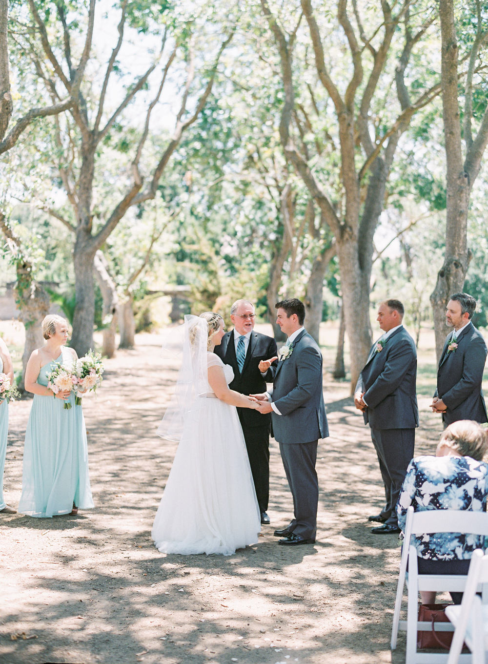 southern-inspired-wedding-at-ravenswood-historic-site-011-6.jpg
