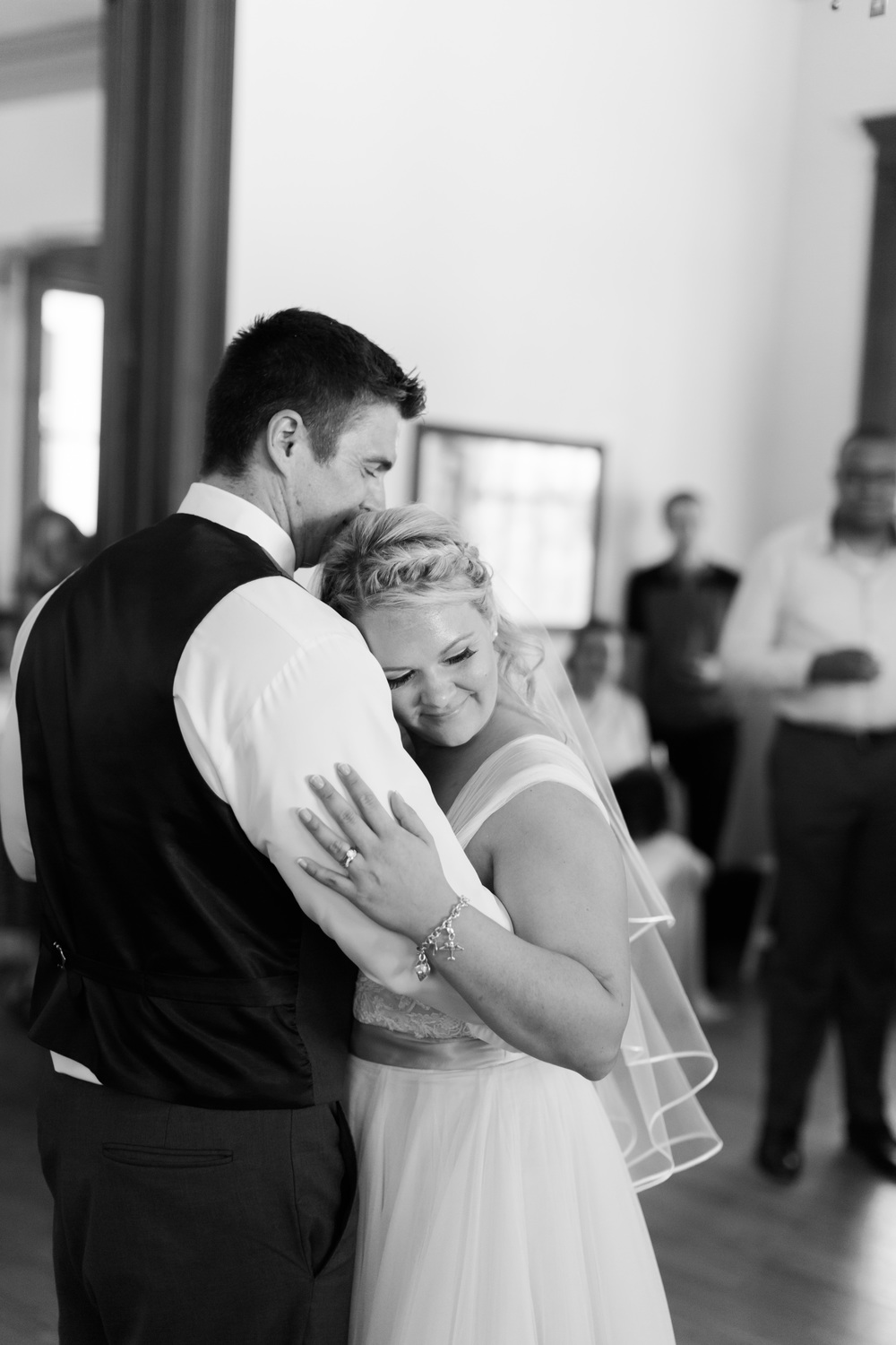 southern-inspired-wedding-at-ravenswood-historic-site-5337.jpg