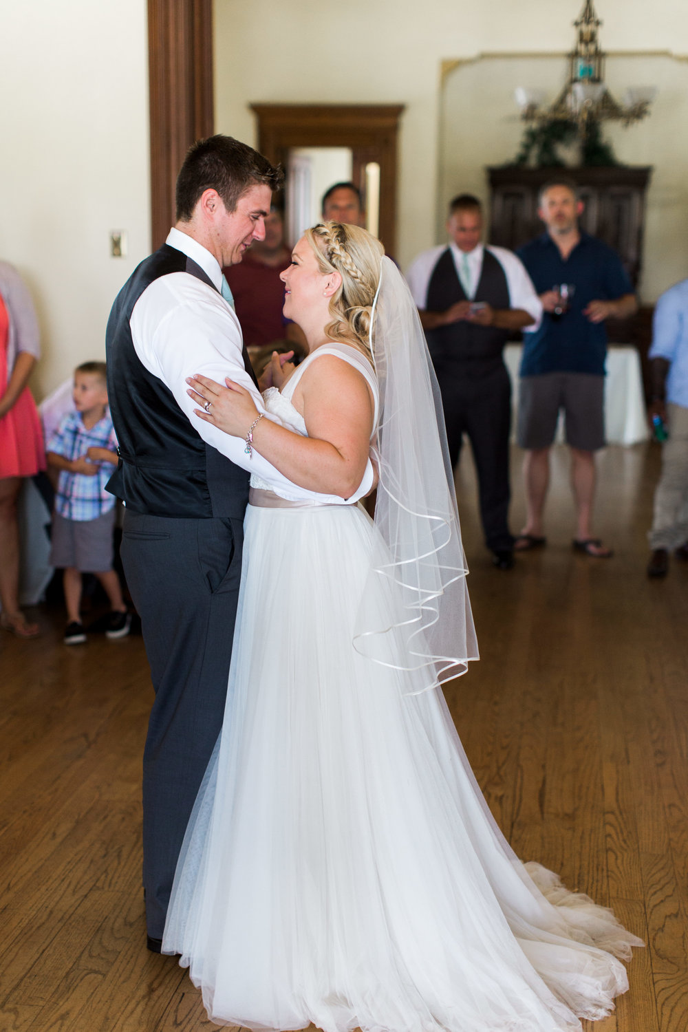 southern-inspired-wedding-at-ravenswood-historic-site-5319.jpg