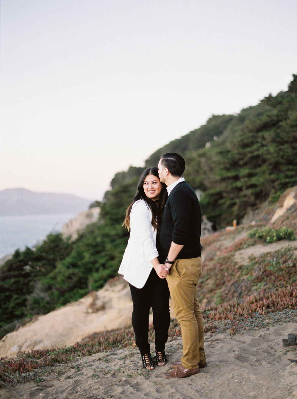 sutro-baths-san-francisco-engagement-16-2.jpg