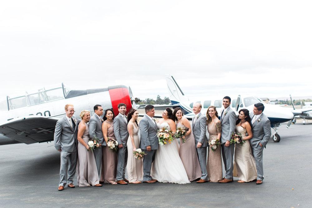 airport-hanger-wedding-at-attitude-aviation-in-livermore-72.jpg