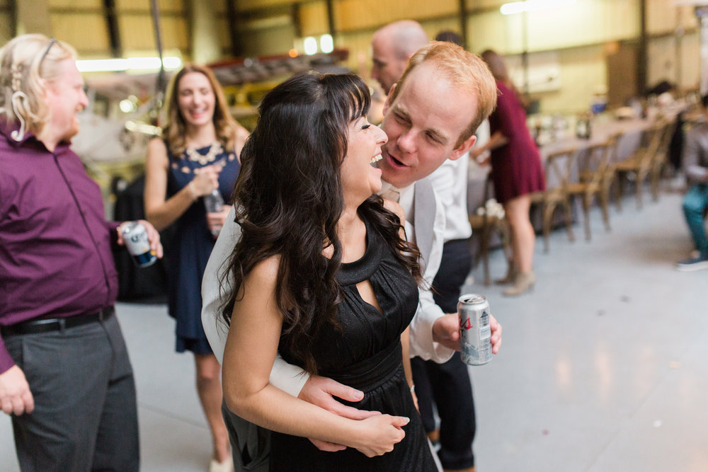 airport-hanger-wedding-at-attitude-aviation-in-livermore-140.jpg