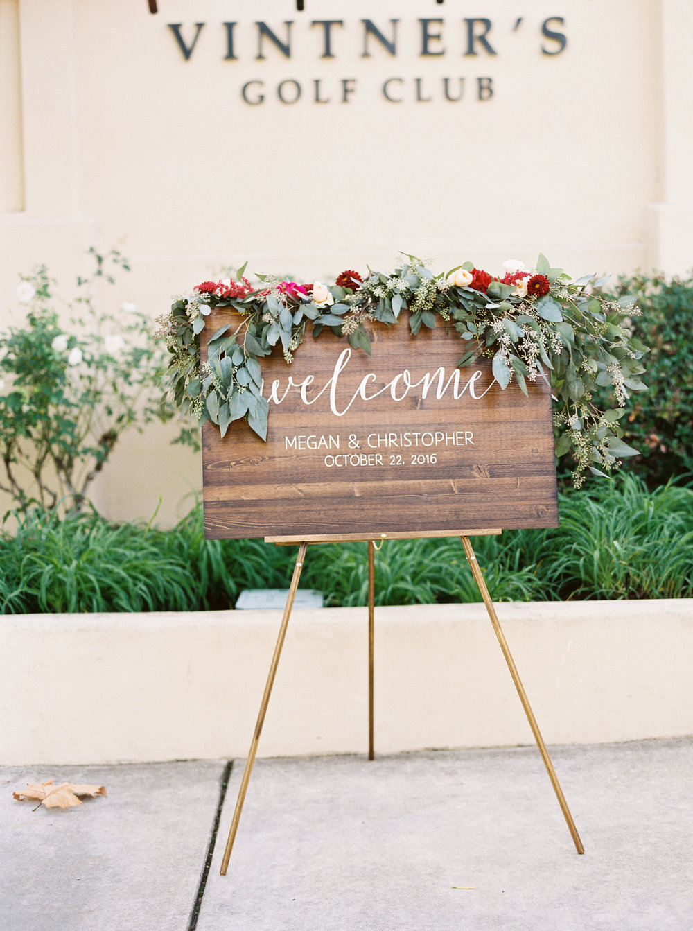 fall-inspired-wedding-at-vitners-golf-club-in-napa-california-114.jpg