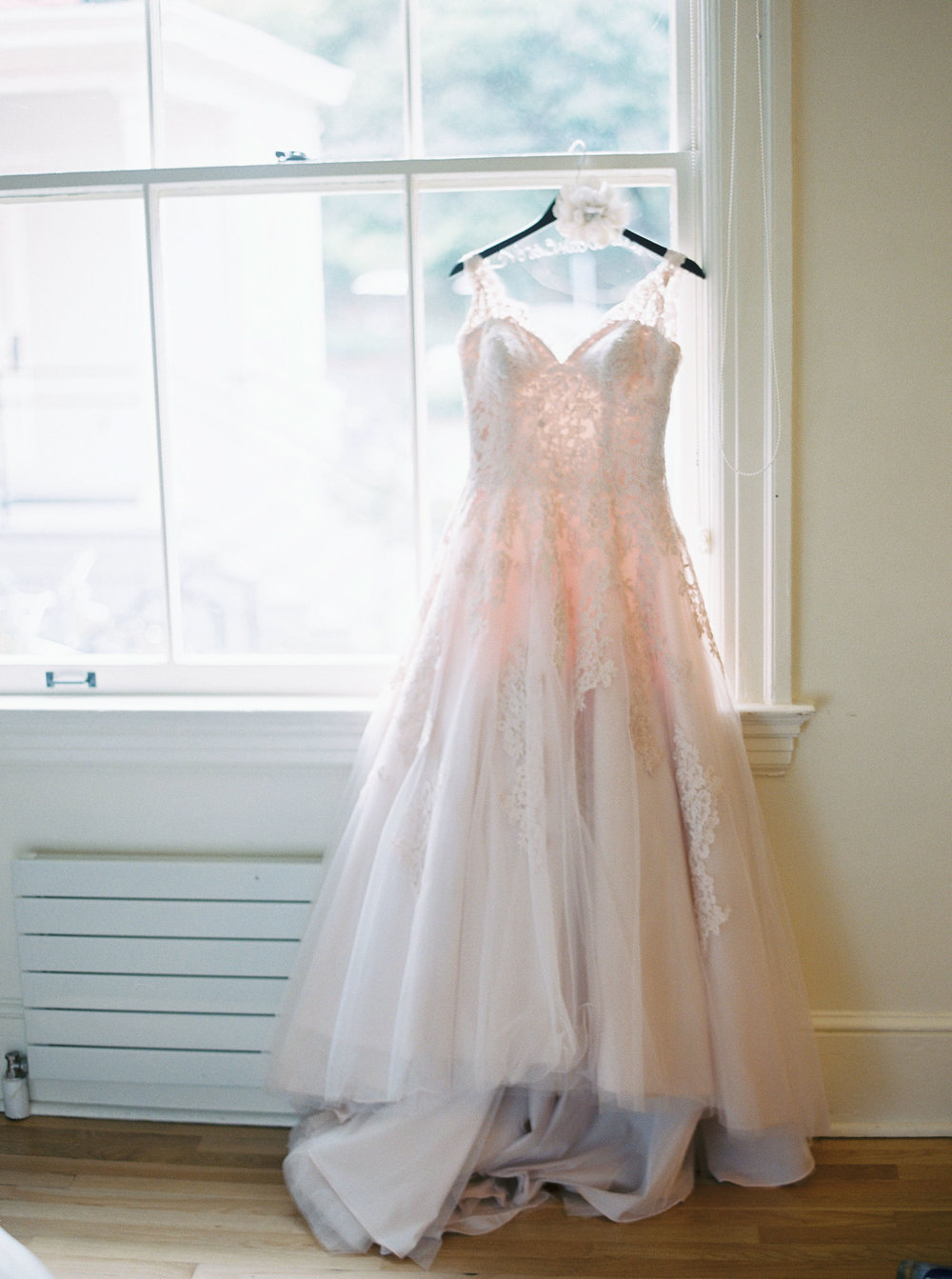 blush-inspired-wedding-at-the-presidio-in-san-francisco.jpg