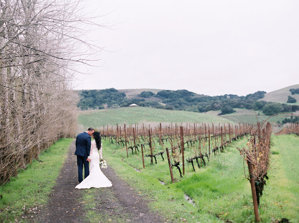 romantic-wedding-at-cline-winery-in-sonoma-california-1-8.jpg