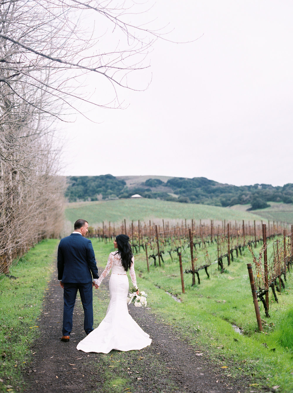 romantic-wedding-at-cline-winery-in-sonoma-california-1-7.jpg
