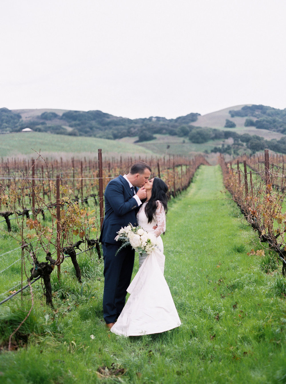 romantic-wedding-at-cline-winery-in-sonoma-california-1-18.jpg