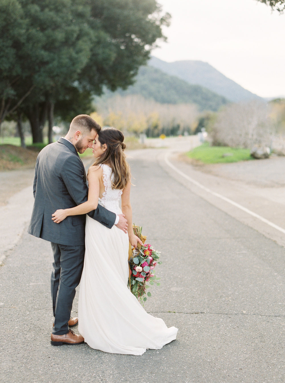 boho-inspired-wedding-at-casa-bella-in-sunol-california-41.jpg