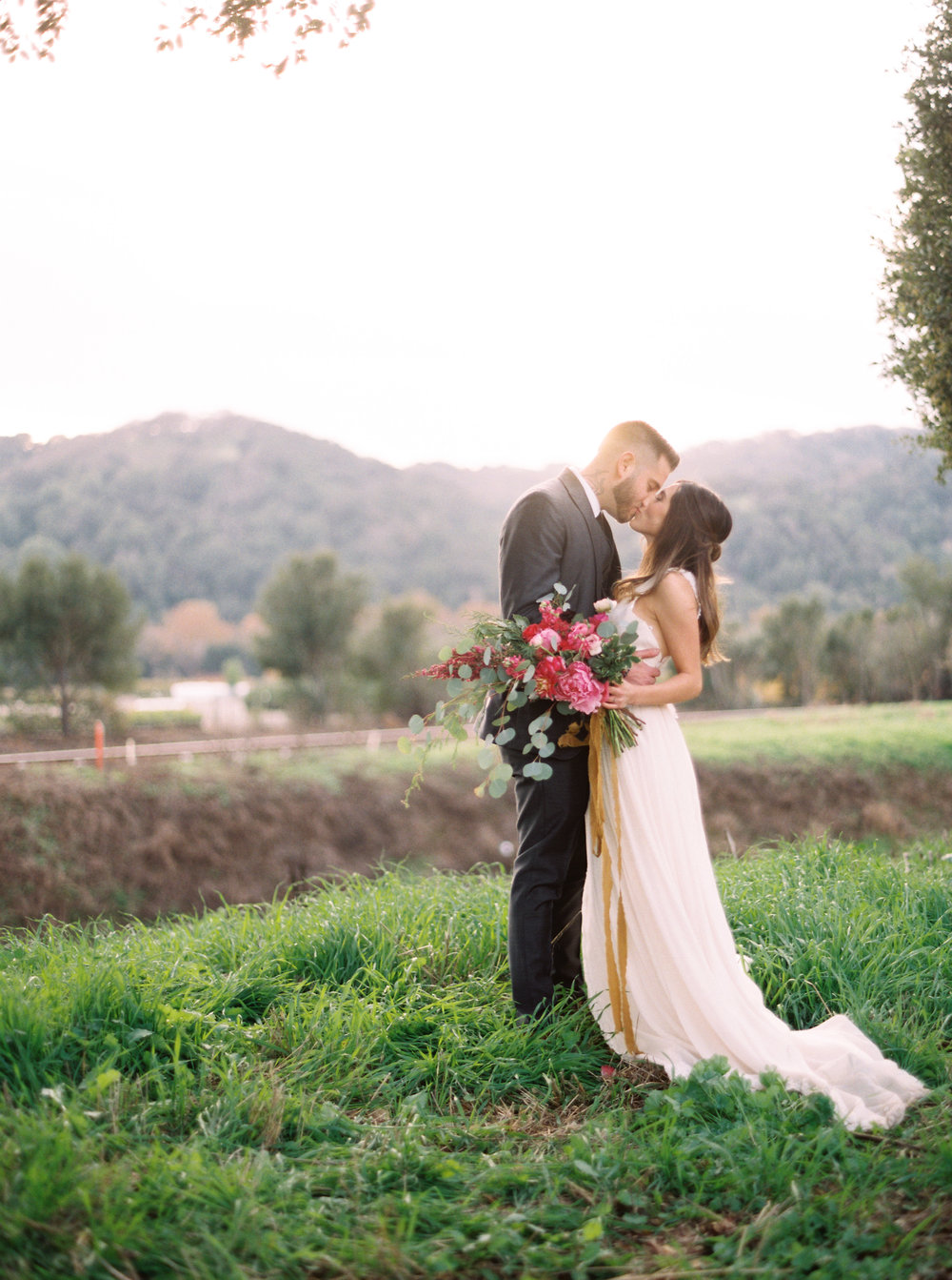 boho-inspired-wedding-at-casa-bella-in-sunol-california-50.jpg