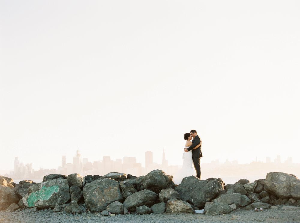 romantic-aracely-cafe-wedding-treasure-island-20-2.jpg