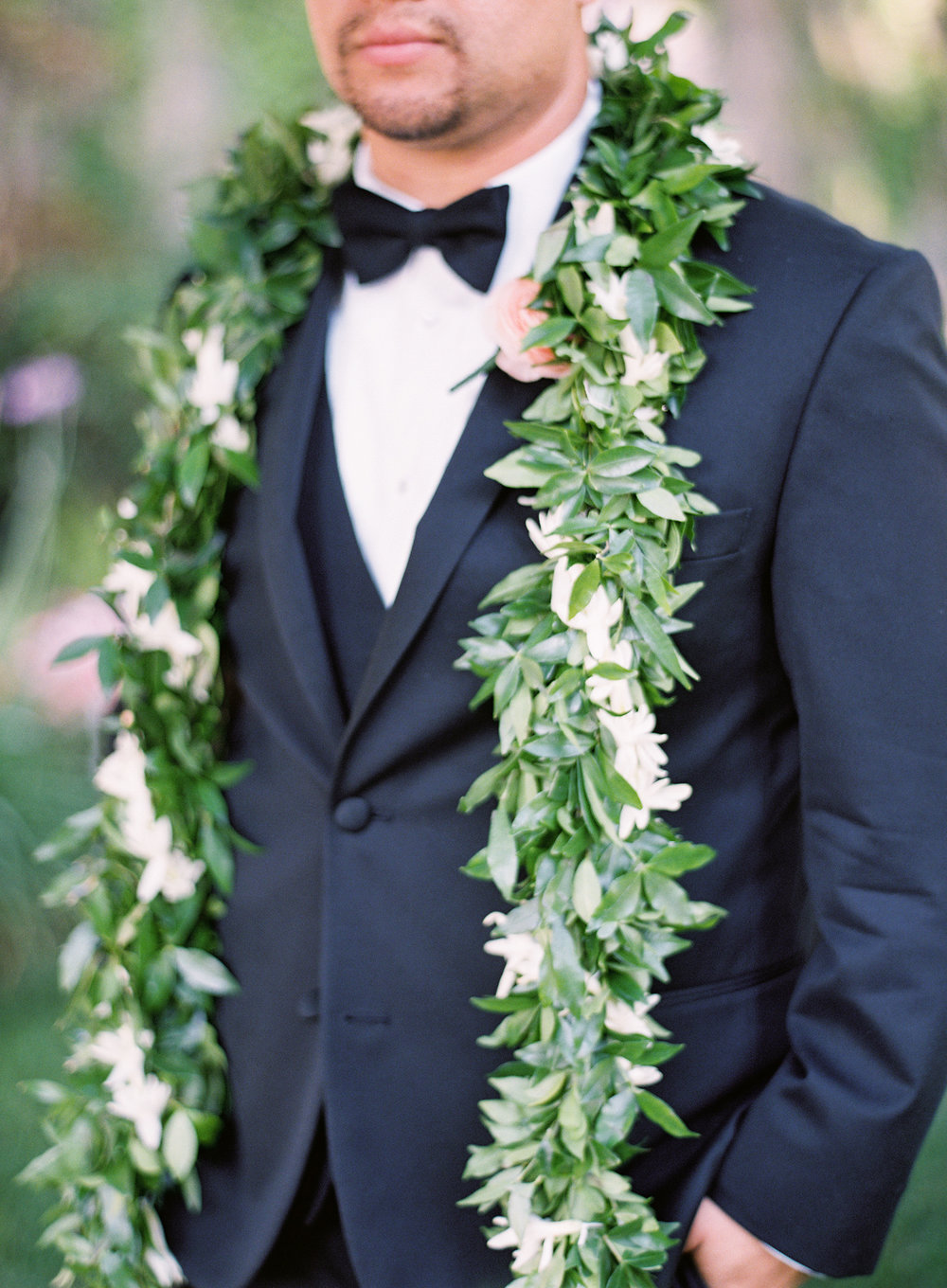 hawaiian-inspired-wedding-in-danville-california-002-4.jpg