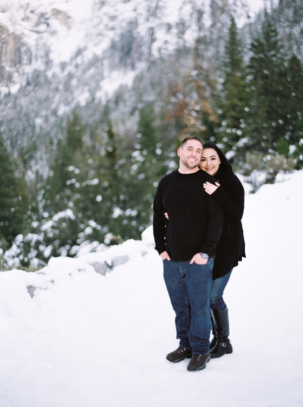 yosemite-california-engagement-session-5.jpg