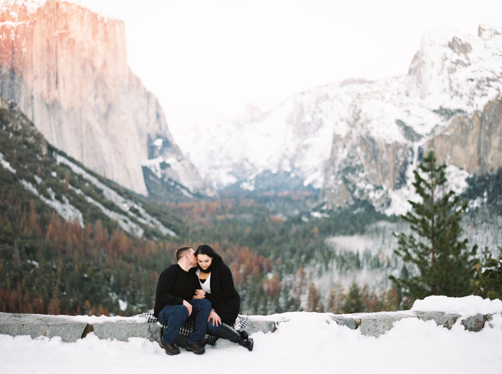 yosemite-california-engagement-session-8.jpg