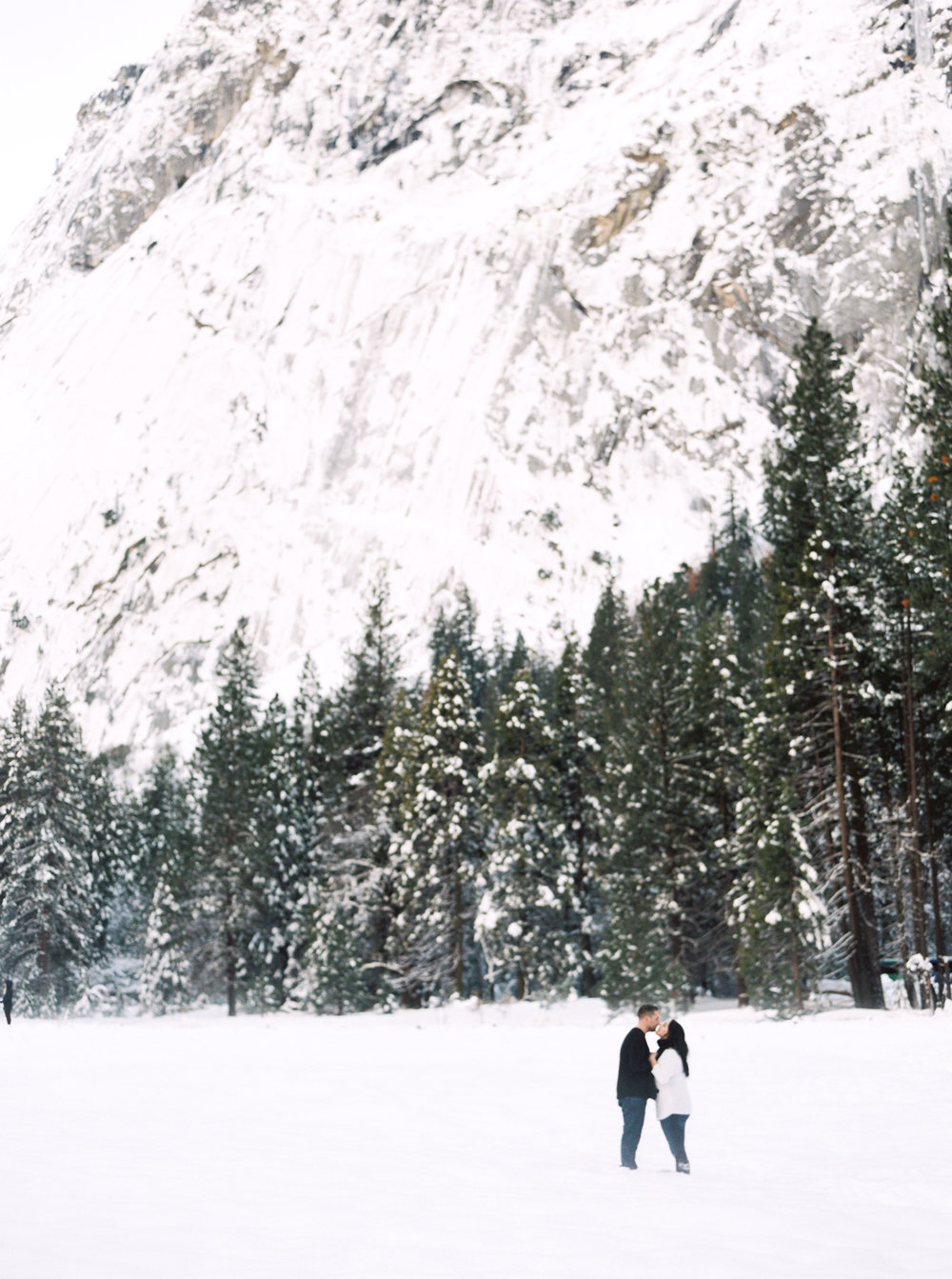 yosemite-california-engagement-session-1-3.jpg
