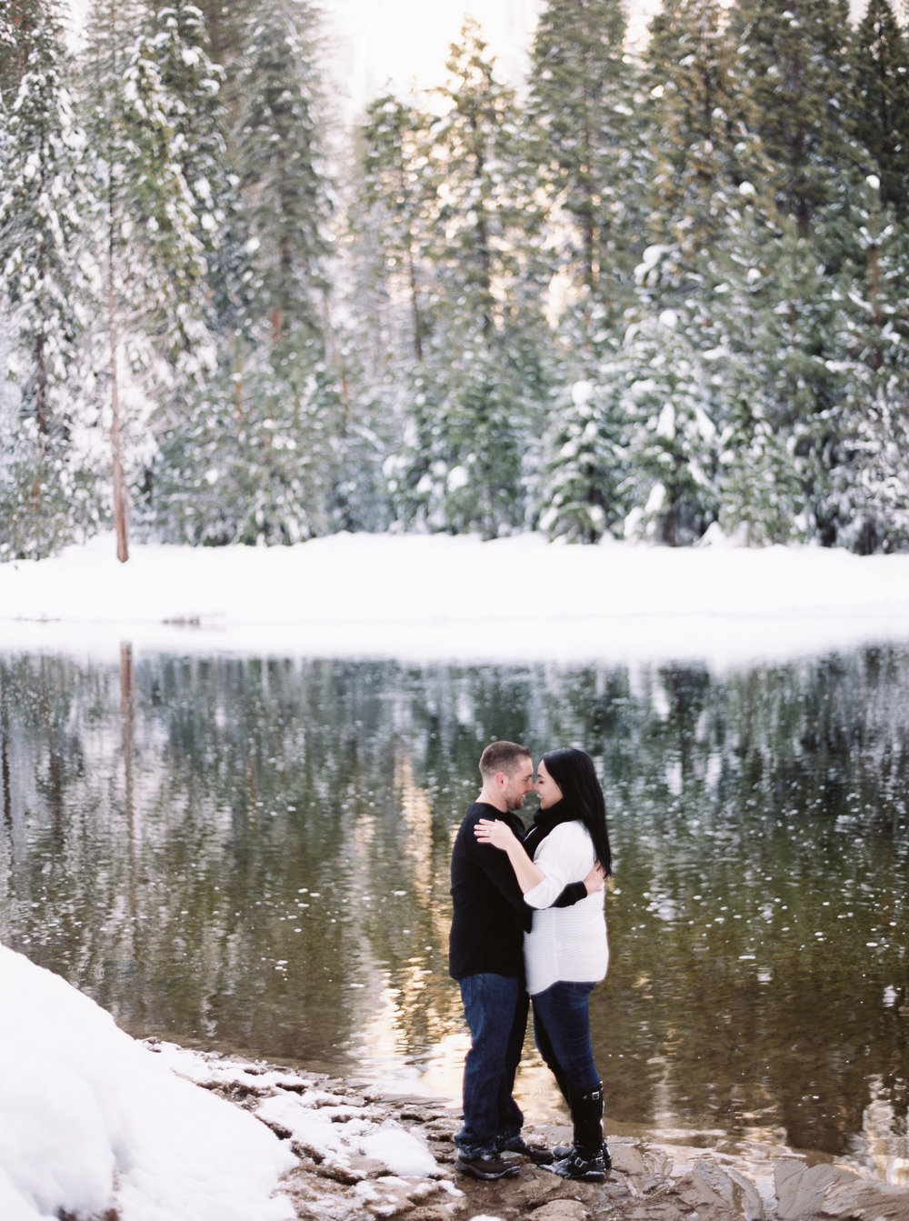 yosemite-california-engagement-session-22.jpg