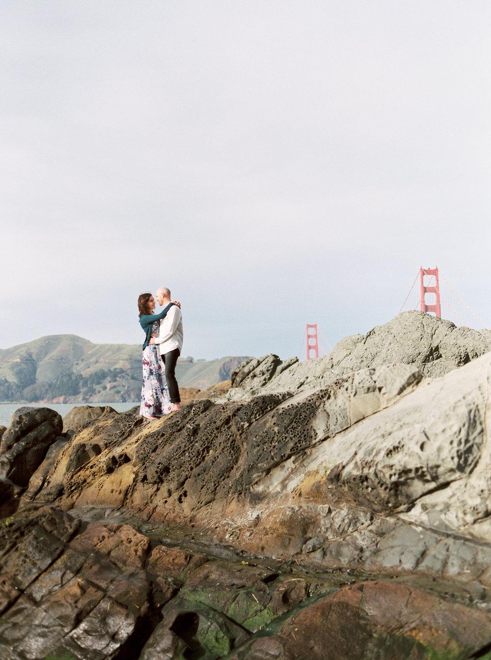 baker-beach-san-francisco-engagement-photography-12.jpg
