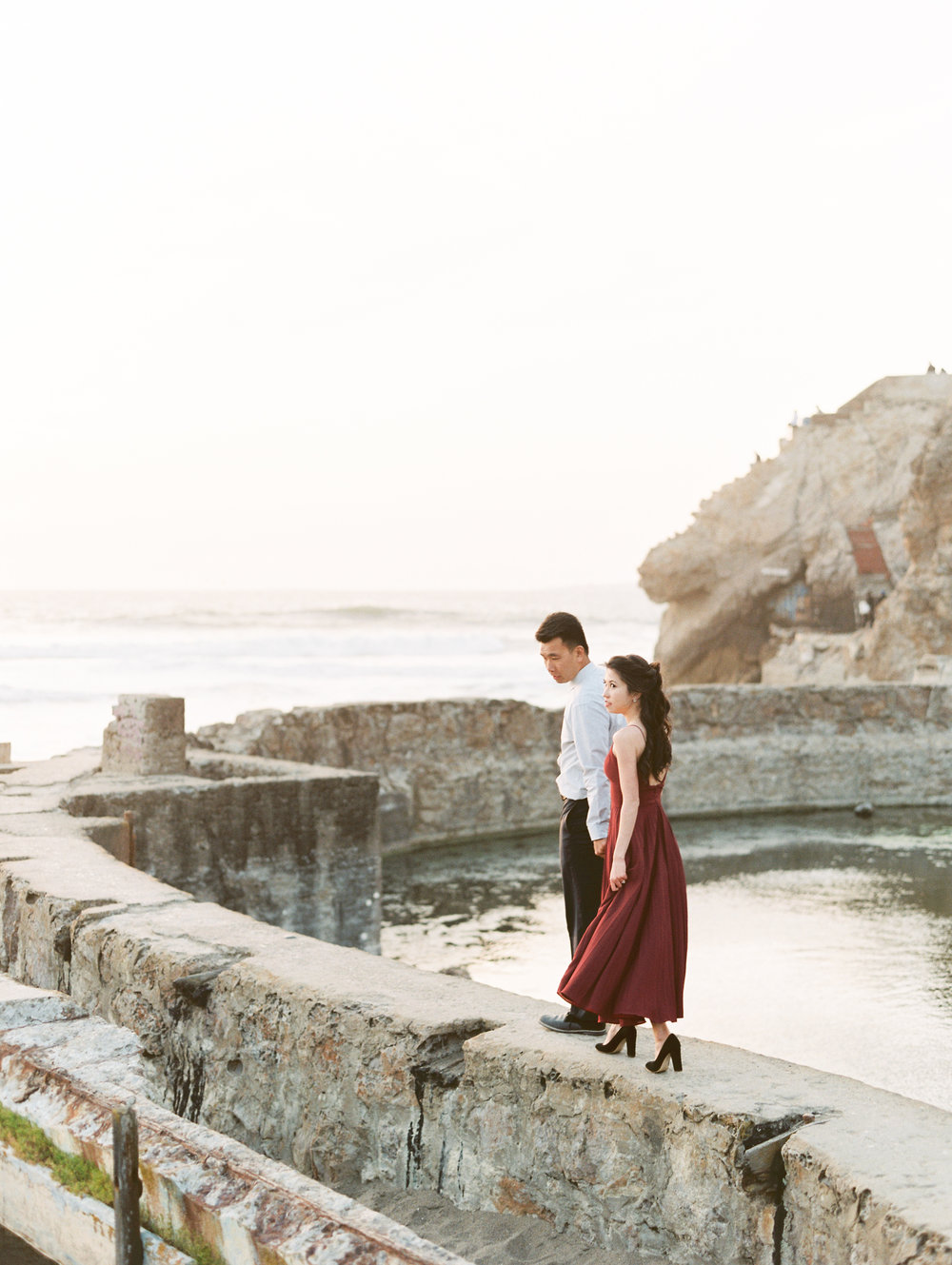 sutro-baths-san-francisco-engagement-39.jpg