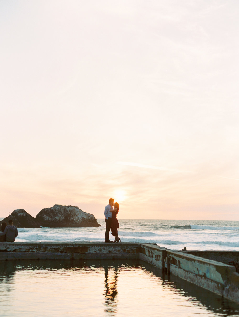 sutro-baths-san-francisco-engagement-42.jpg