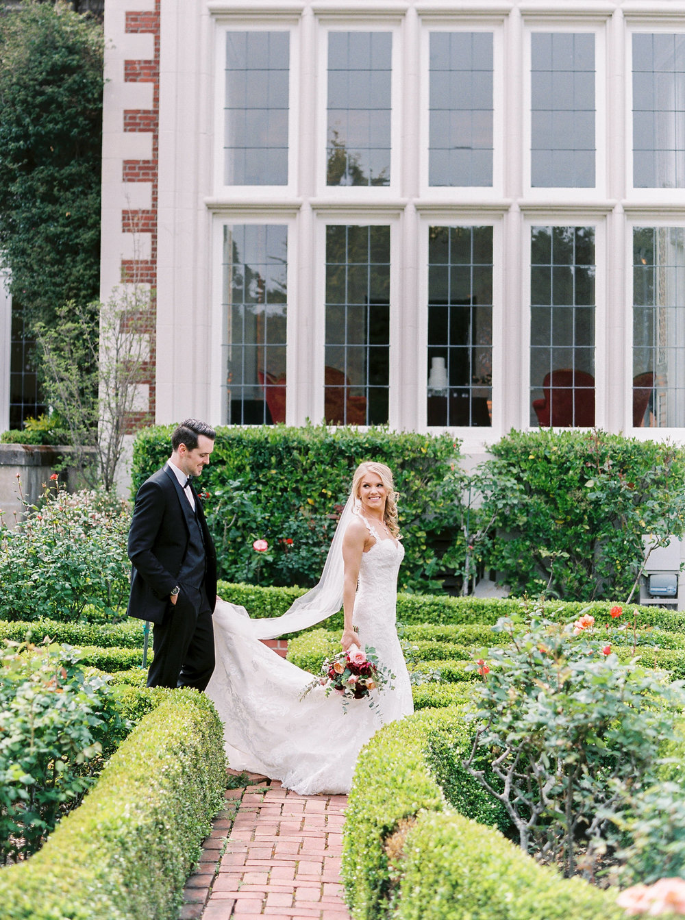 spring-inspired-wedding-at-kohl-mansion-burlingame-california-86.jpg