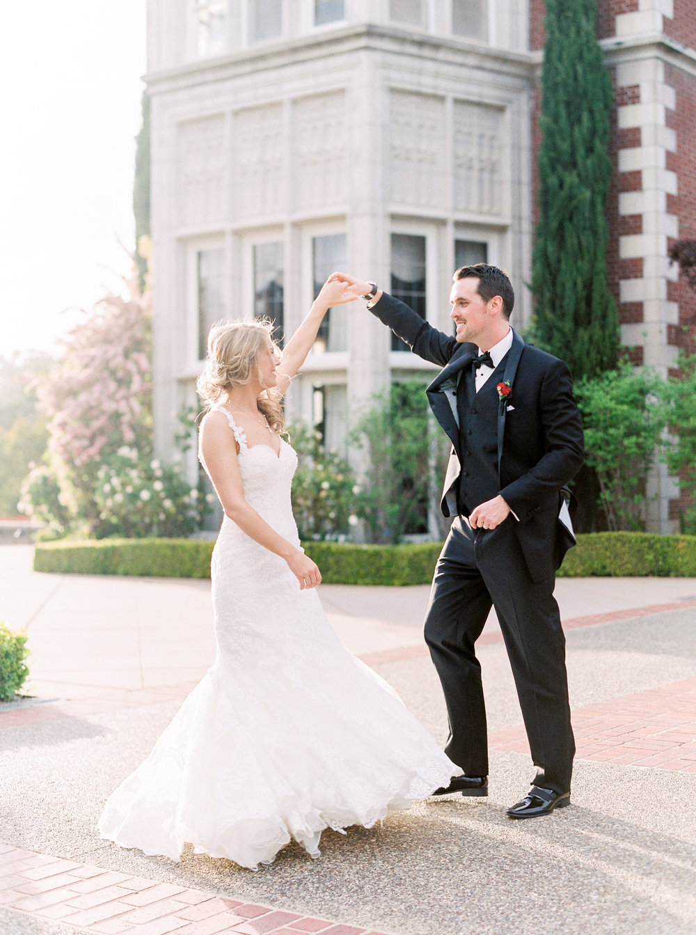 spring-inspired-wedding-at-kohl-mansion-burlingame-california-141.jpg