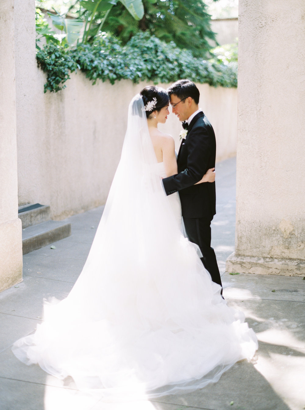 firehouse-restaurant-wedding-in-downtown-sacramento-california-130.jpg