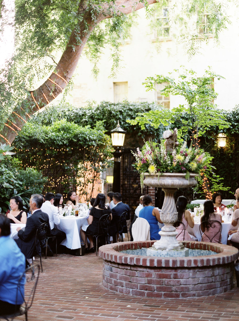 firehouse-restaurant-wedding-in-downtown-sacramento-california-79.jpg