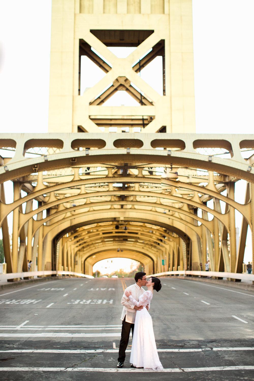 firehouse-restaurant-wedding-in-sacramento-california-1-7.jpg