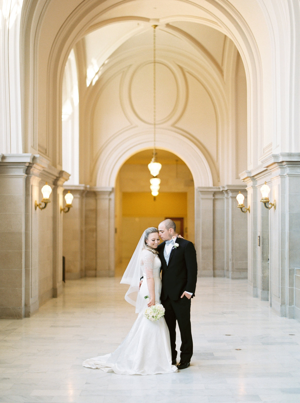 san-francisco-city-hall-elopement-42.jpg