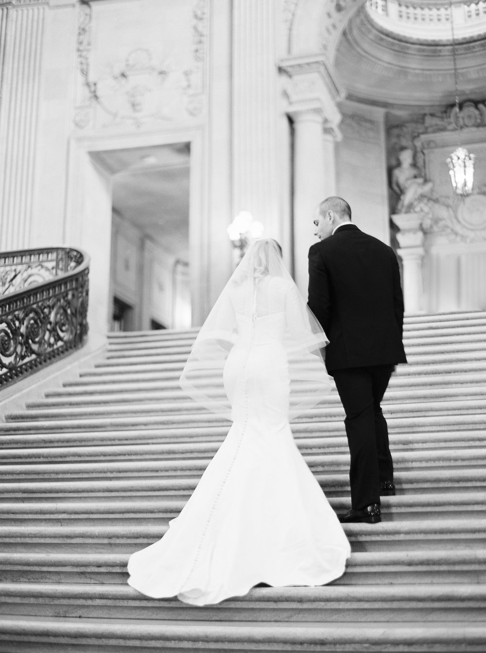 san-francisco-city-hall-elopement-1-2.jpg