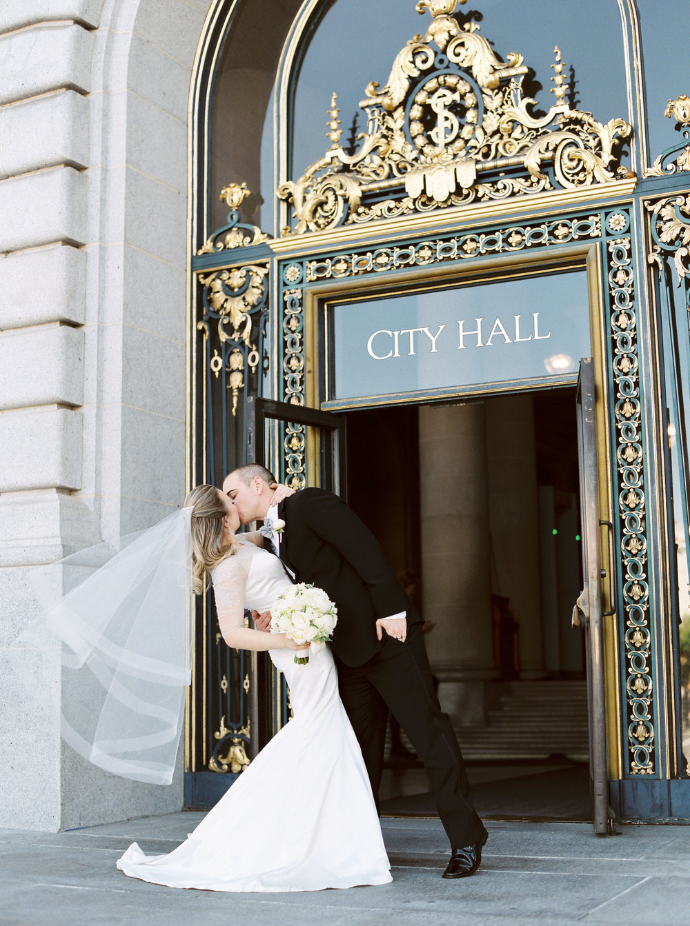 san-francisco-city-hall-elopement-47.jpg