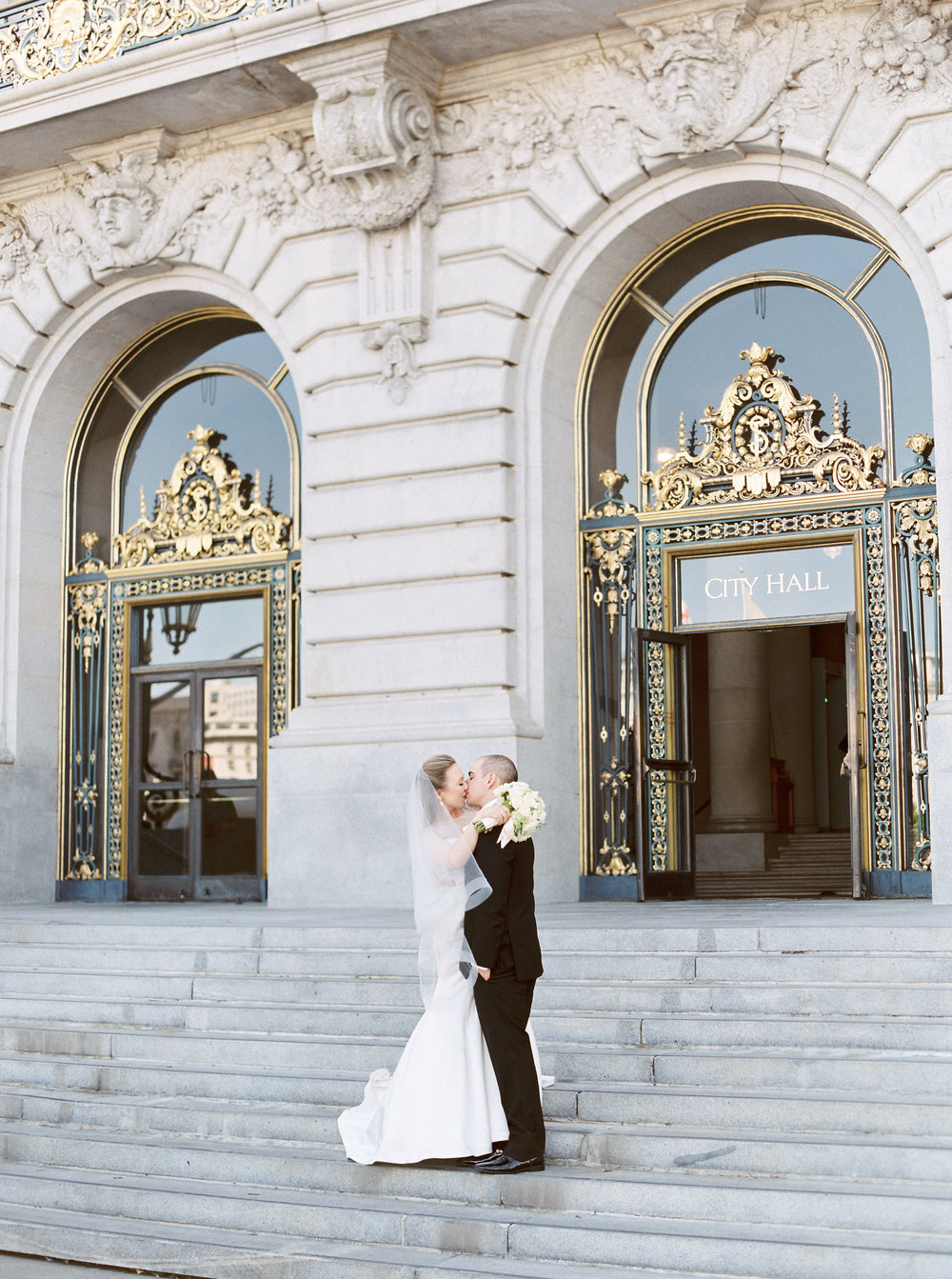 san-francisco-city-hall-elopement-55.jpg
