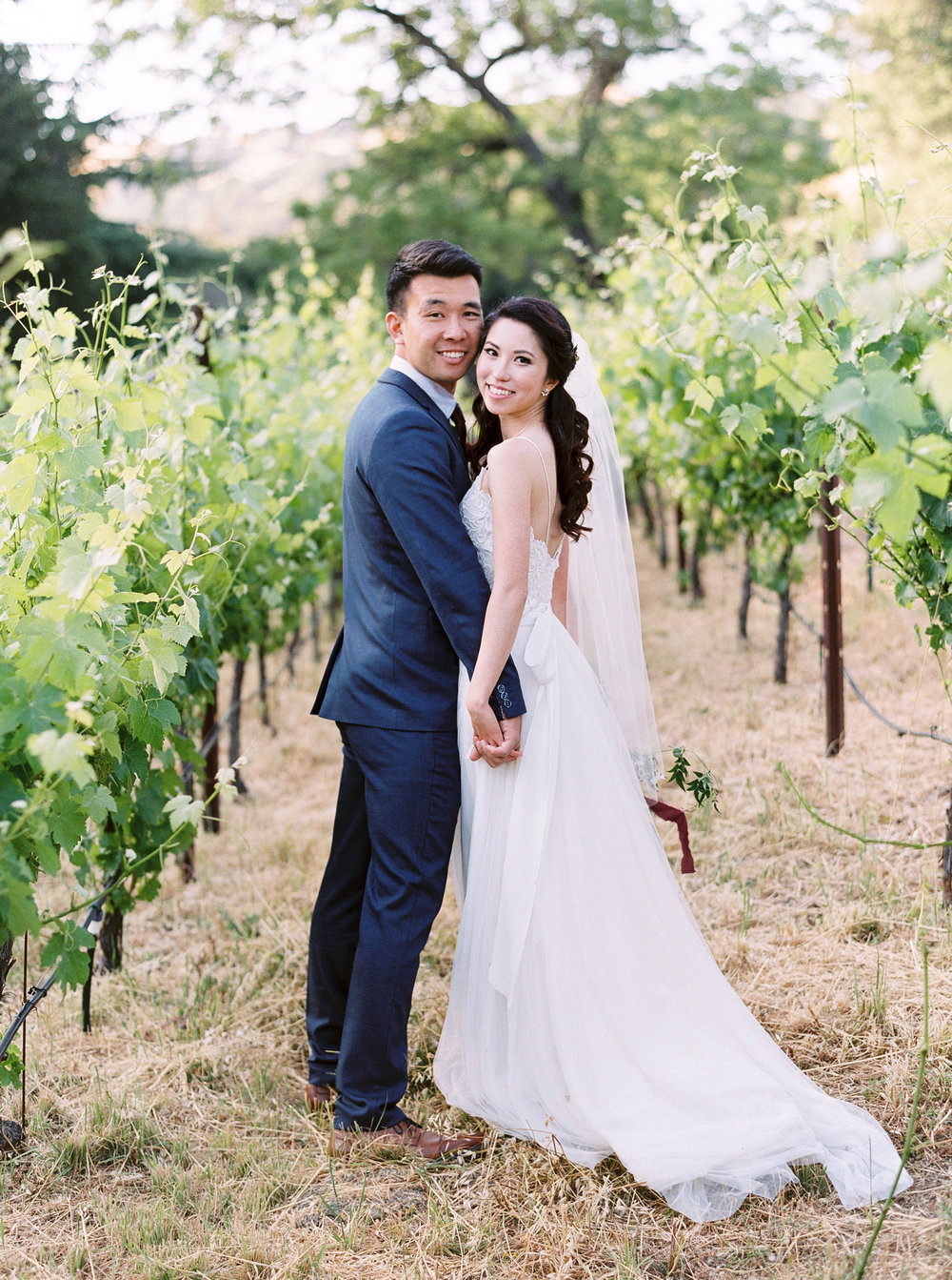 Elliston-Vineyards-Wedding-in-Sunol-California.jpg