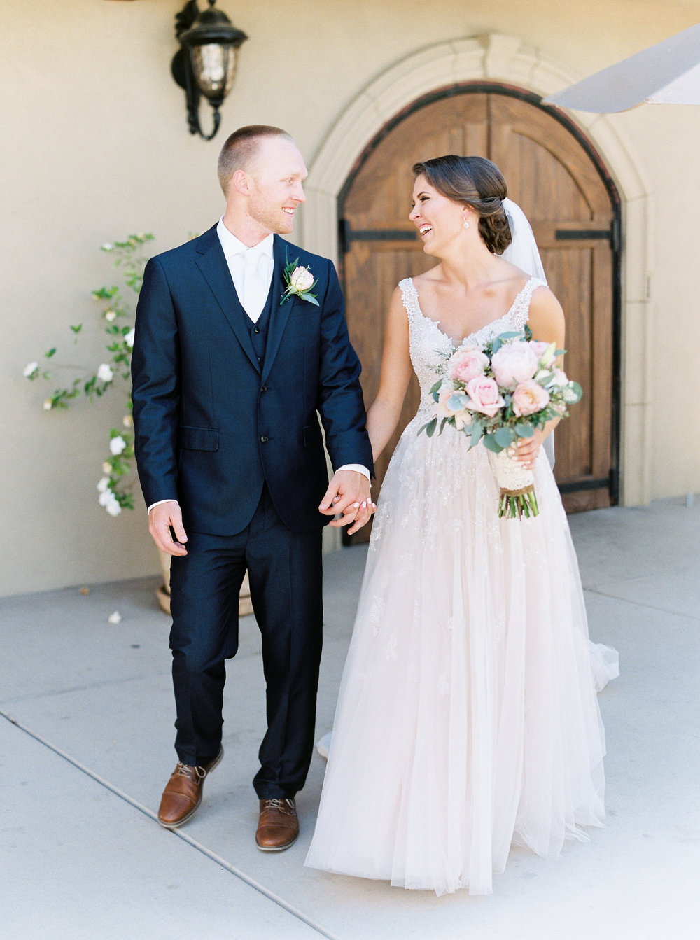 blush-wedding-at-scribner-bend-vineyards-sacramento-california-43.jpg