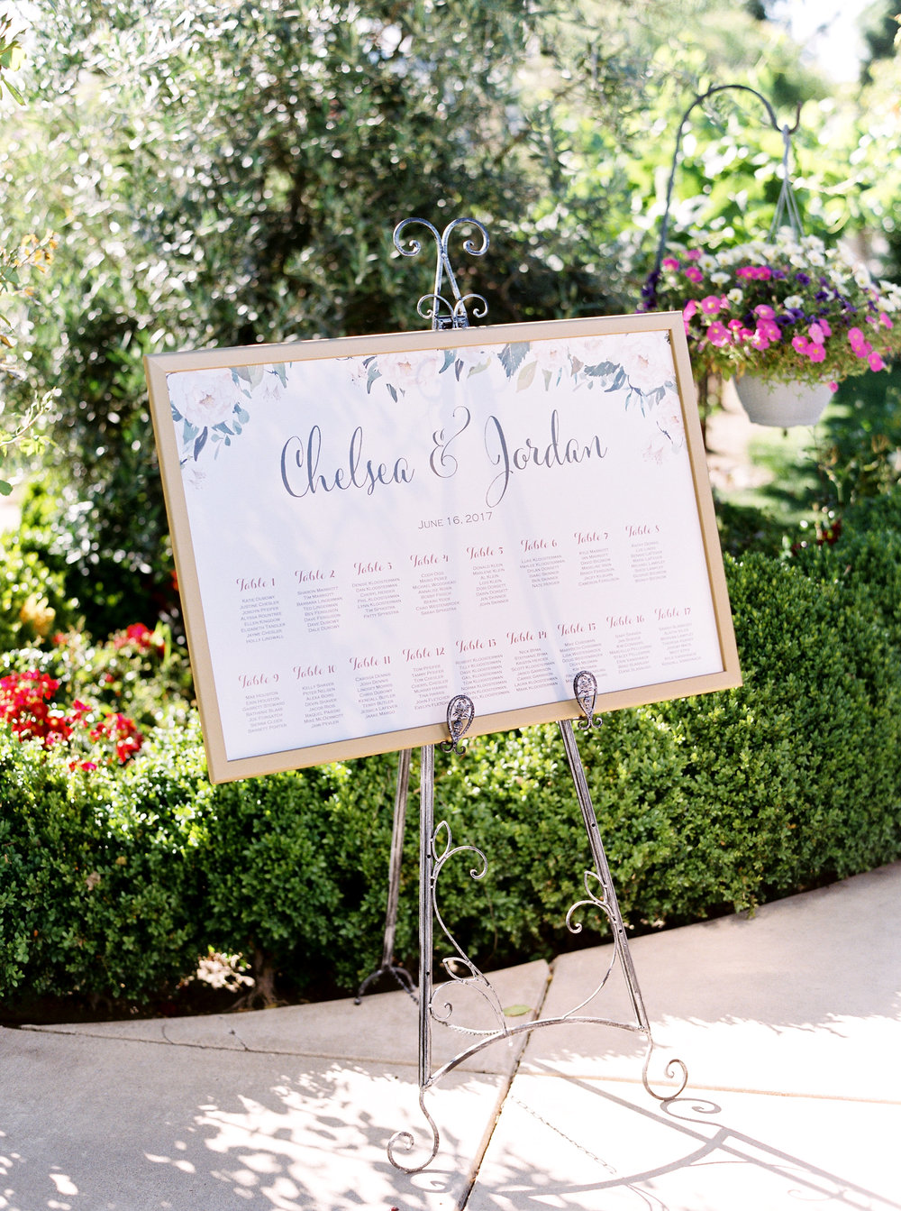 blush-wedding-at-scribner-bend-vineyards-sacramento-california-4.jpg