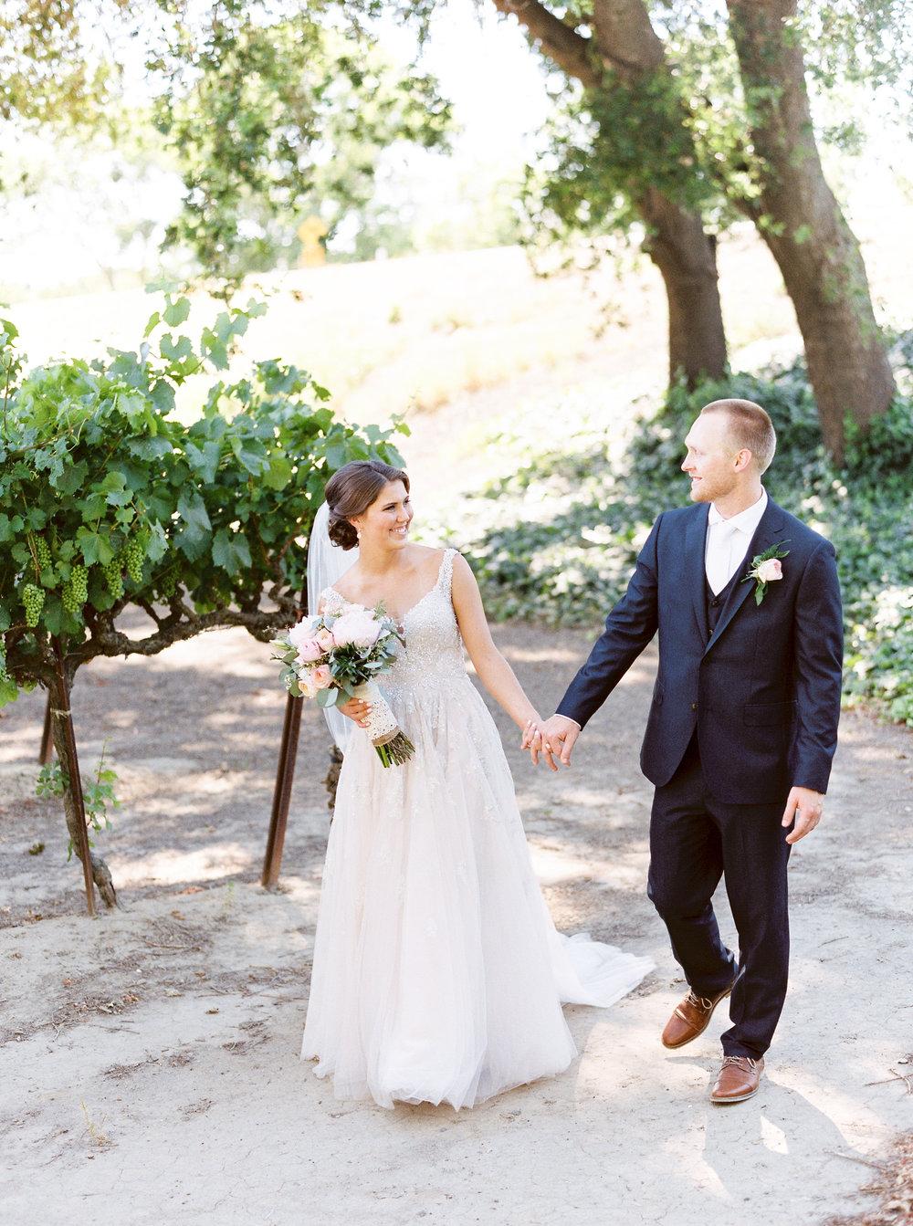 blush-wedding-at-scribner-bend-vineyards-sacramento-california-23.jpg