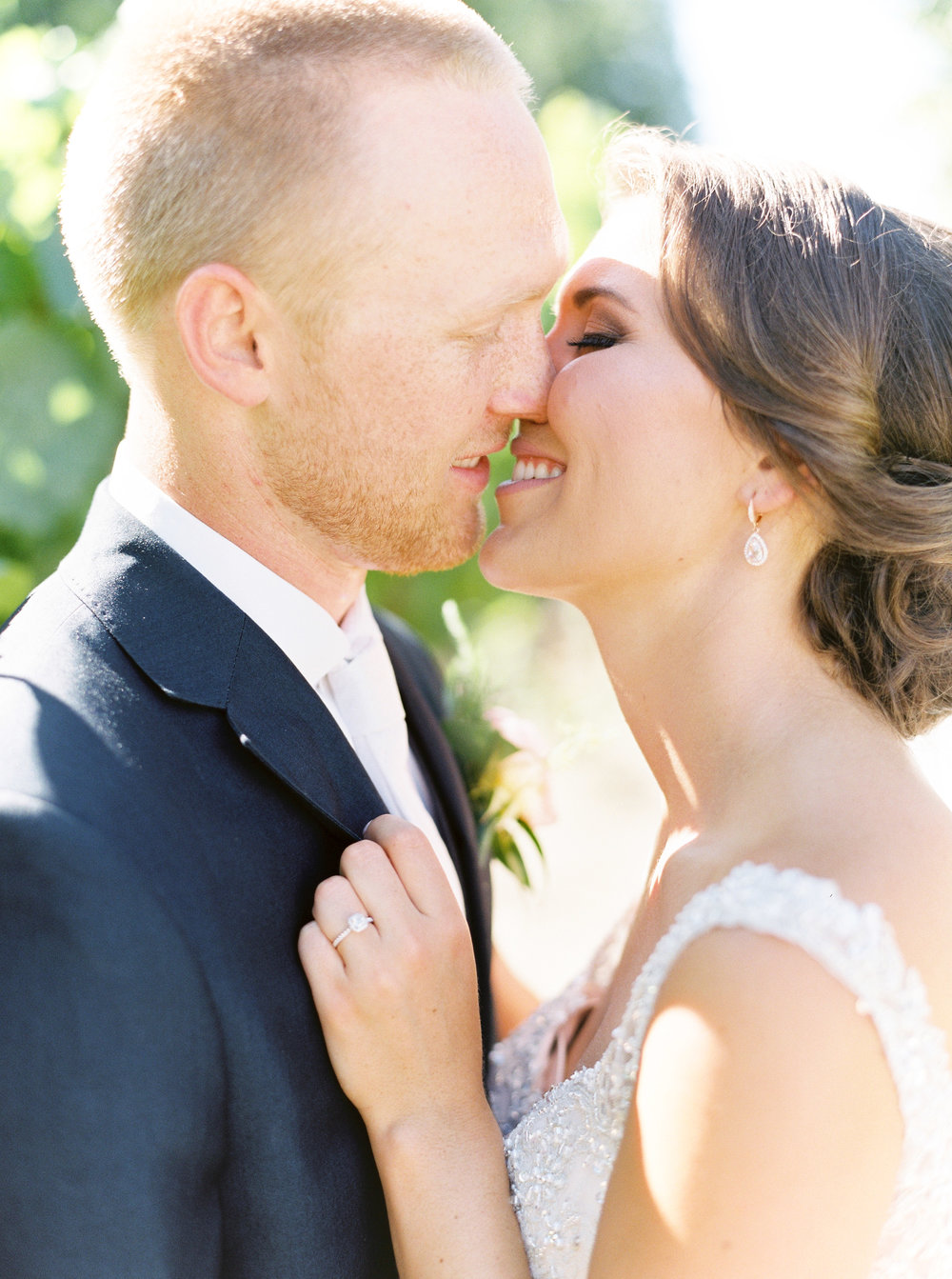 blush-wedding-at-scribner-bend-vineyards-sacramento-california-30.jpg
