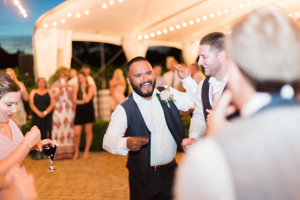 blush-wedding-at-scribner-bend-vineyards-sacramento-california-1-24.jpg