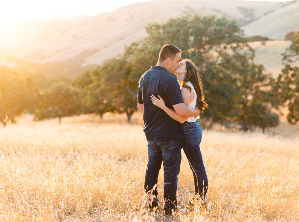 del-valle-livermore-engagement-session-1-4.jpg