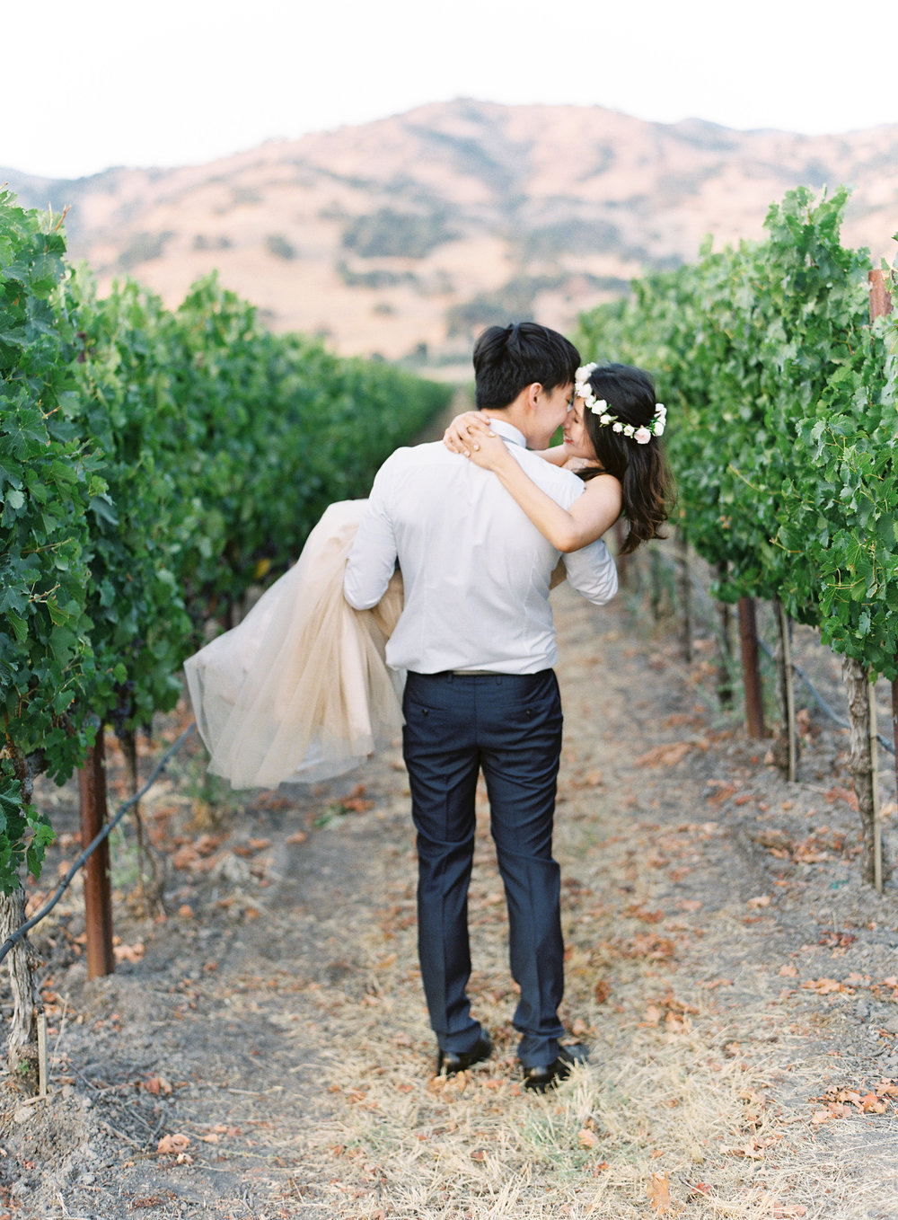 Napa-California-engagement-session-21.jpg